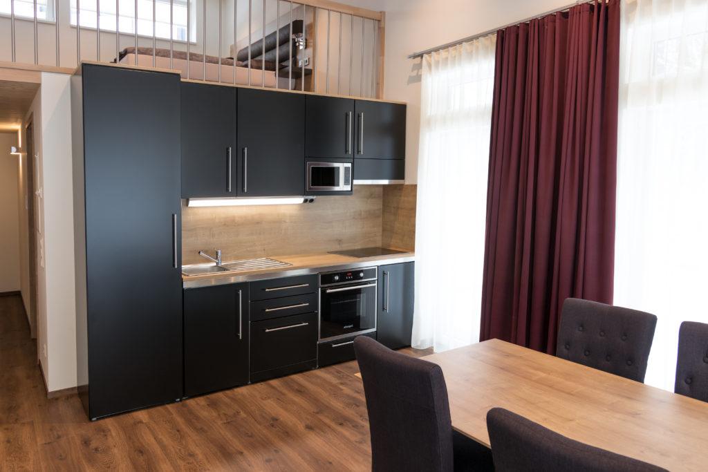 Stengel Küche schwarz Hotel Ansicht