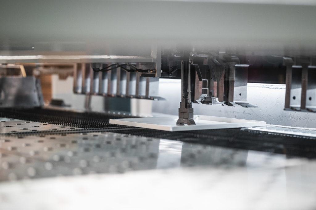 Fertigung Miniküche Stengel Stanzen